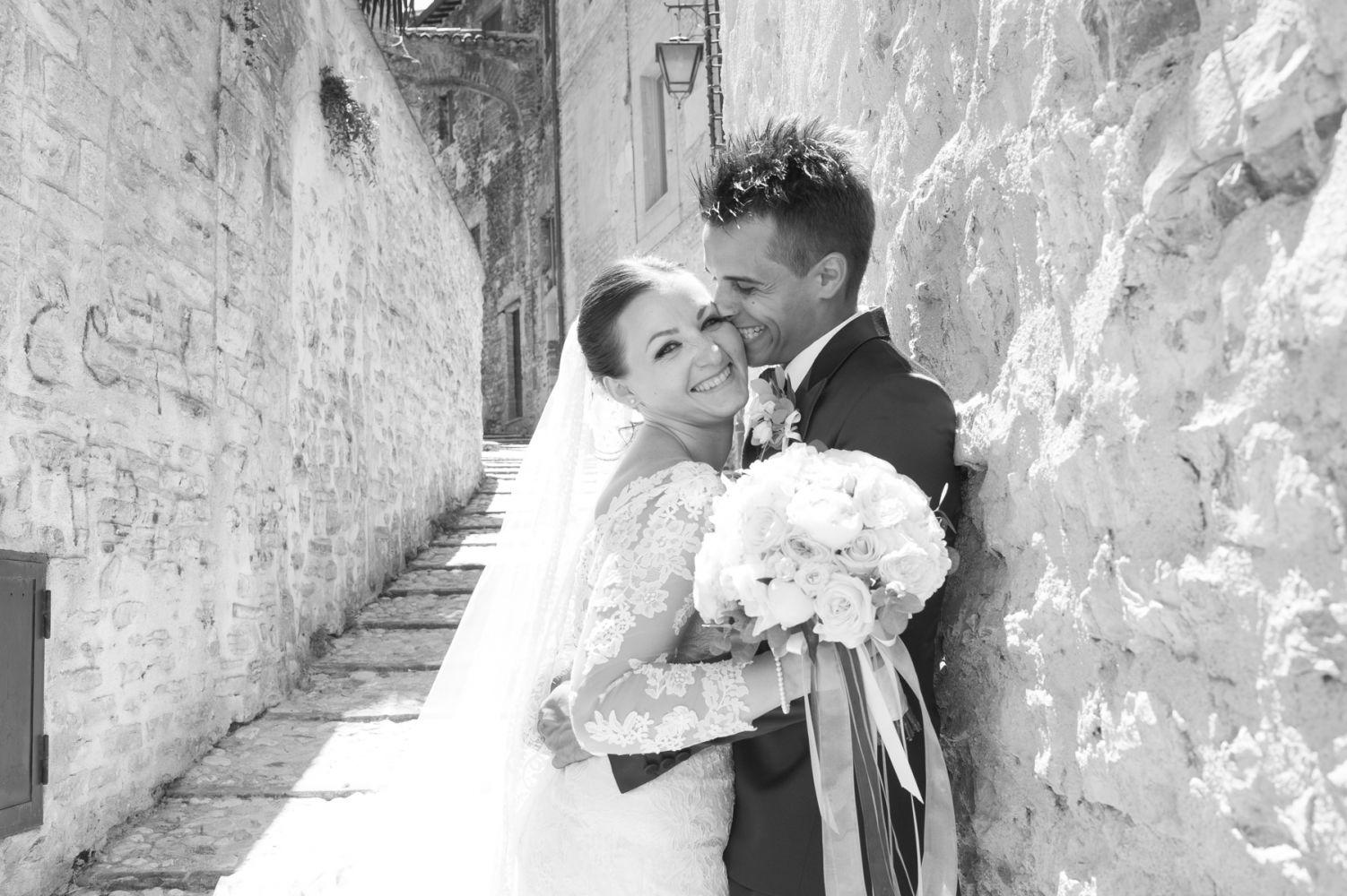 Kiss in Spoleto Street