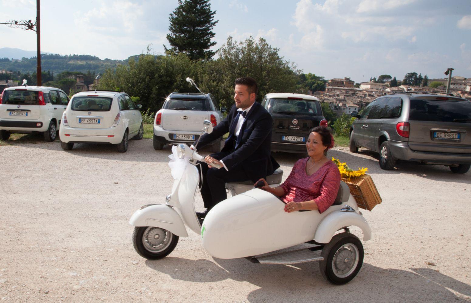 Sposo in Sidecar